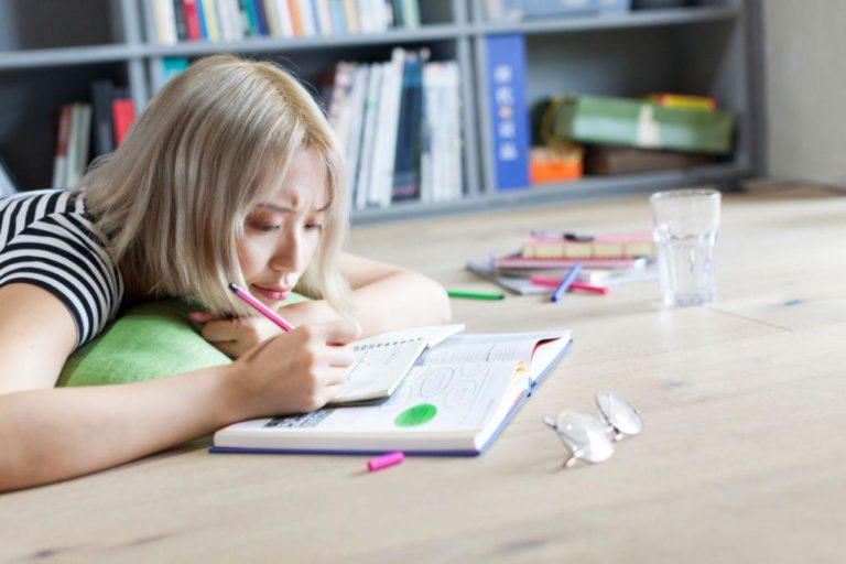 tips to improve general knowledge
