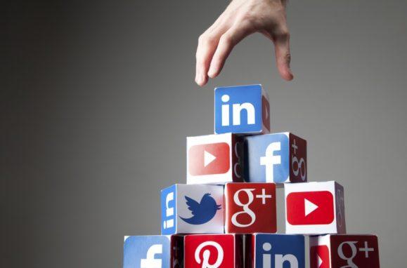 Social media sales tips and strategies