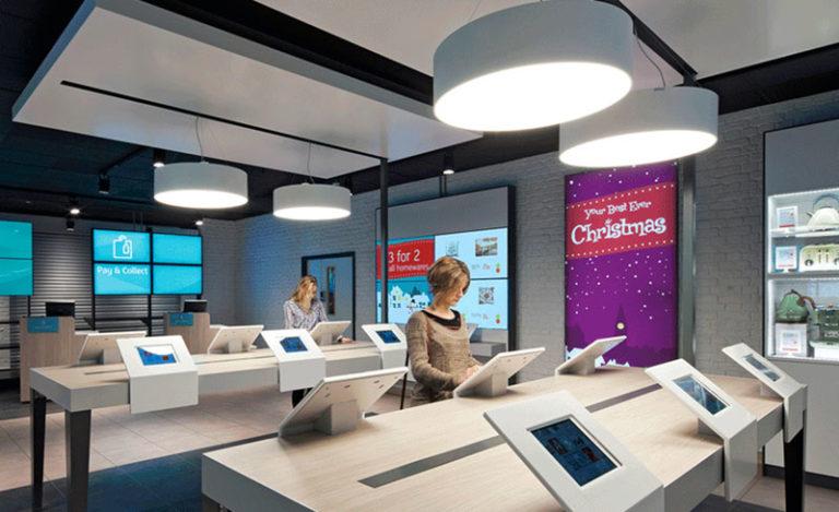 Digital signage and Christmas